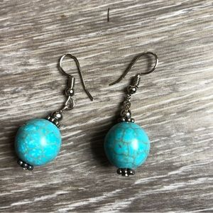 Simple turquoise drop earrings